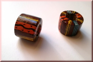 hand-painted wood bead: 'Africa' (JWLRGWOD-001)