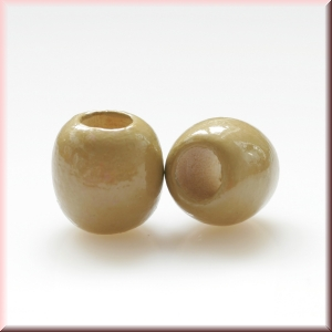 wood beads: light brown